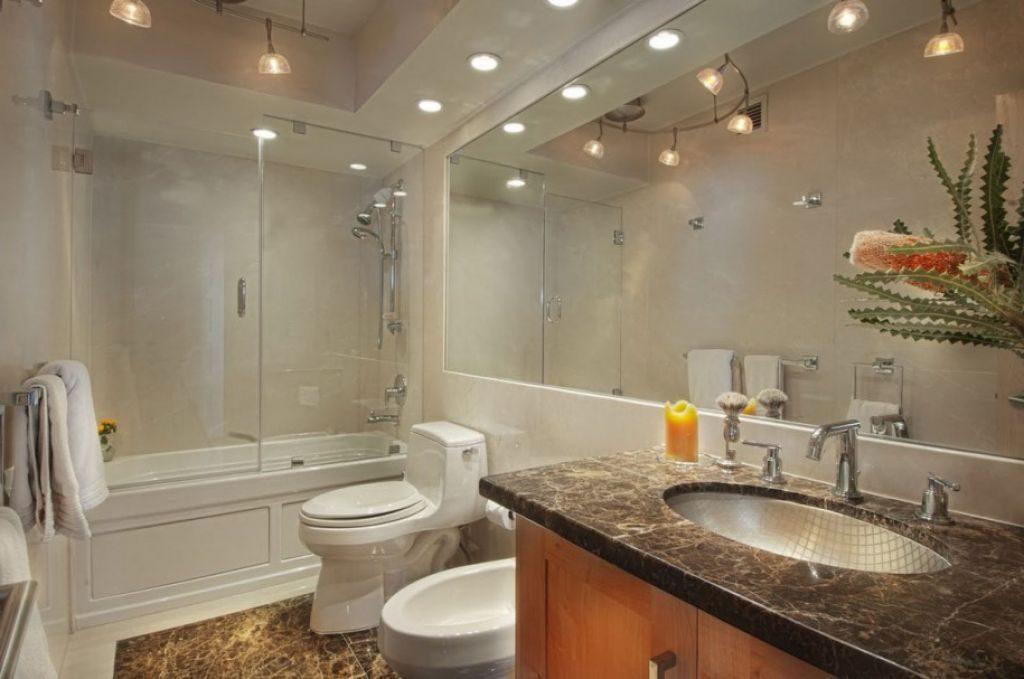 Точечное освещение потолка в ванной