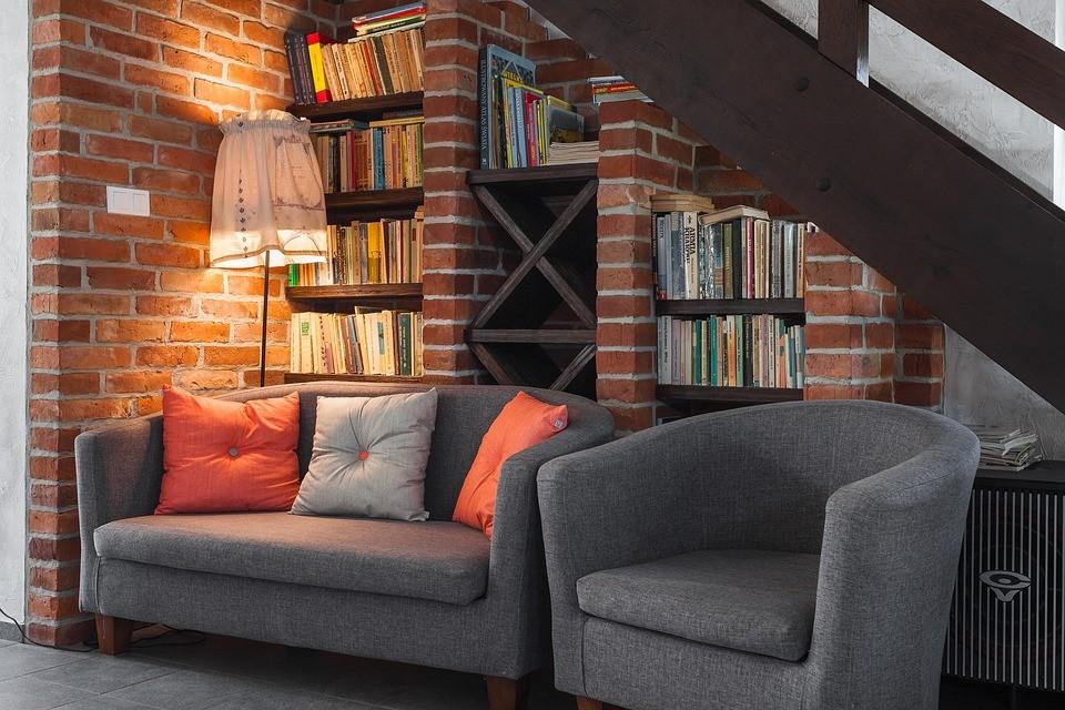маленький диван и кресло