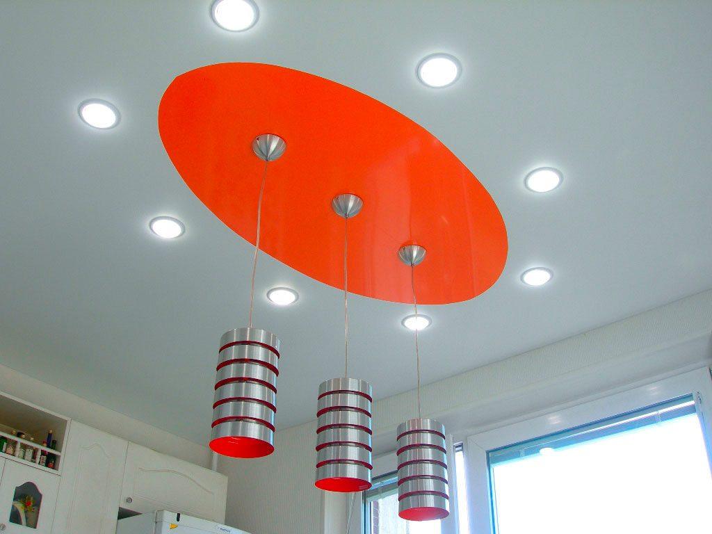Подвесной светильник в натяжной потолок