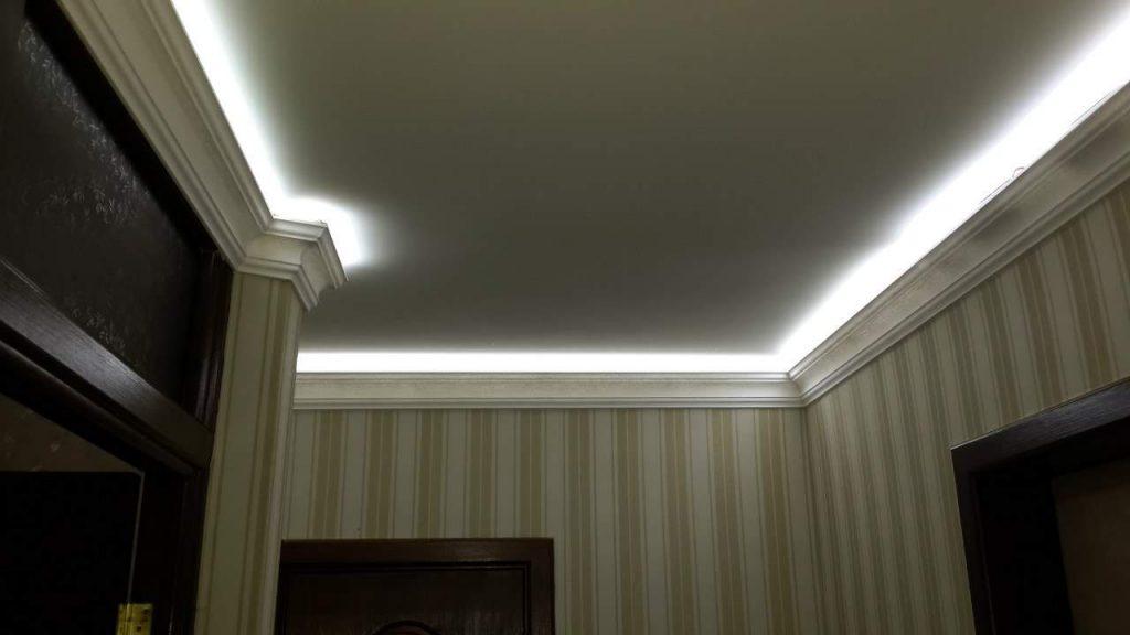 светодиодная подсветка потолка в коридоре