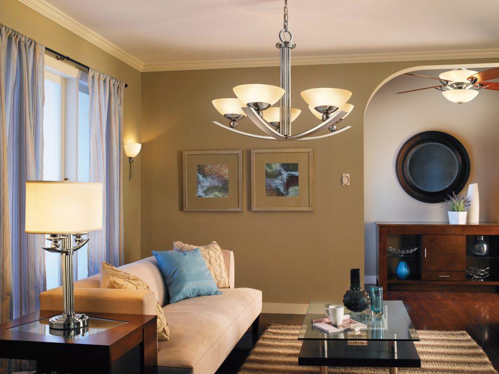 Выбор люстры и светильников для гостиной