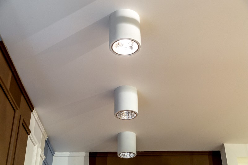 Накладные точечные светильники