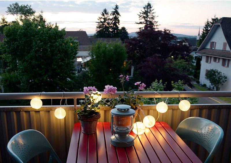 Подсветка на открытом балконе