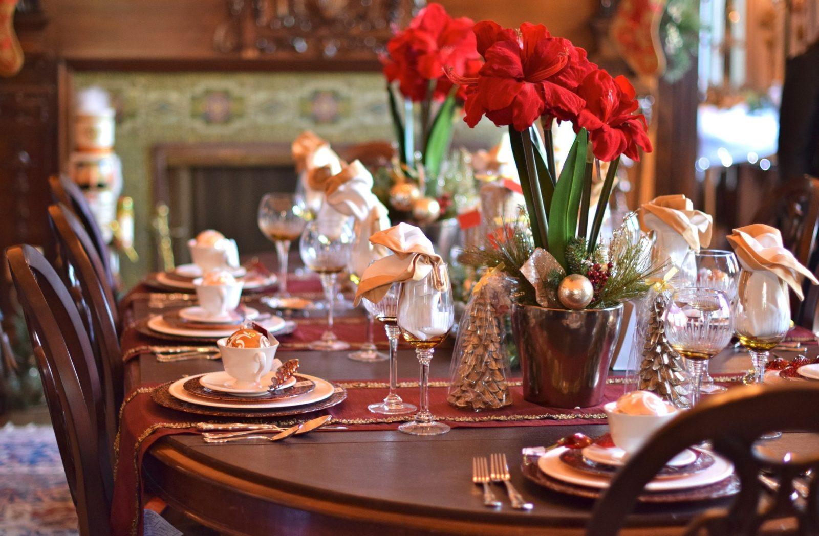 Идеи сервировки стола в домашних условиях: варианты на разные случаи | +88 фото