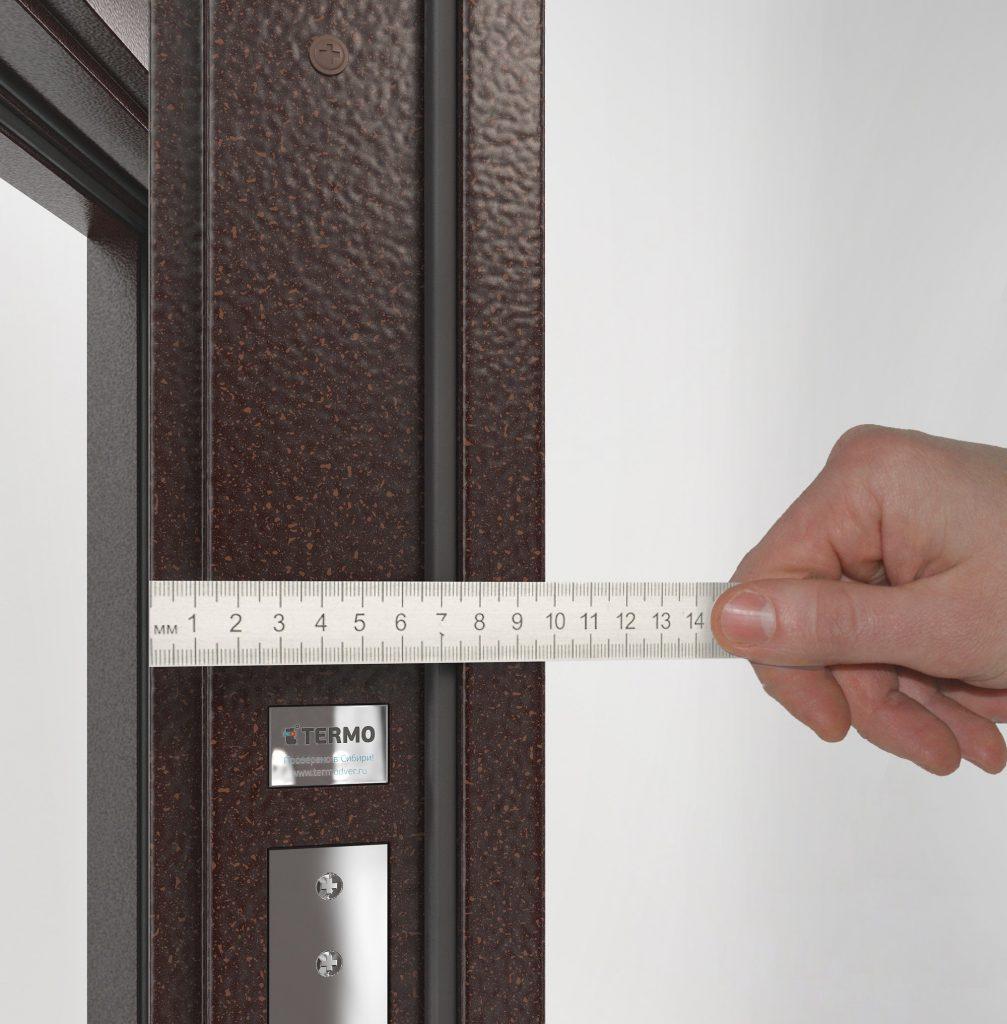 Входные двери с толстым полотном