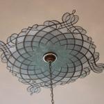 Виды трафаретов и их использование для декора интерьера