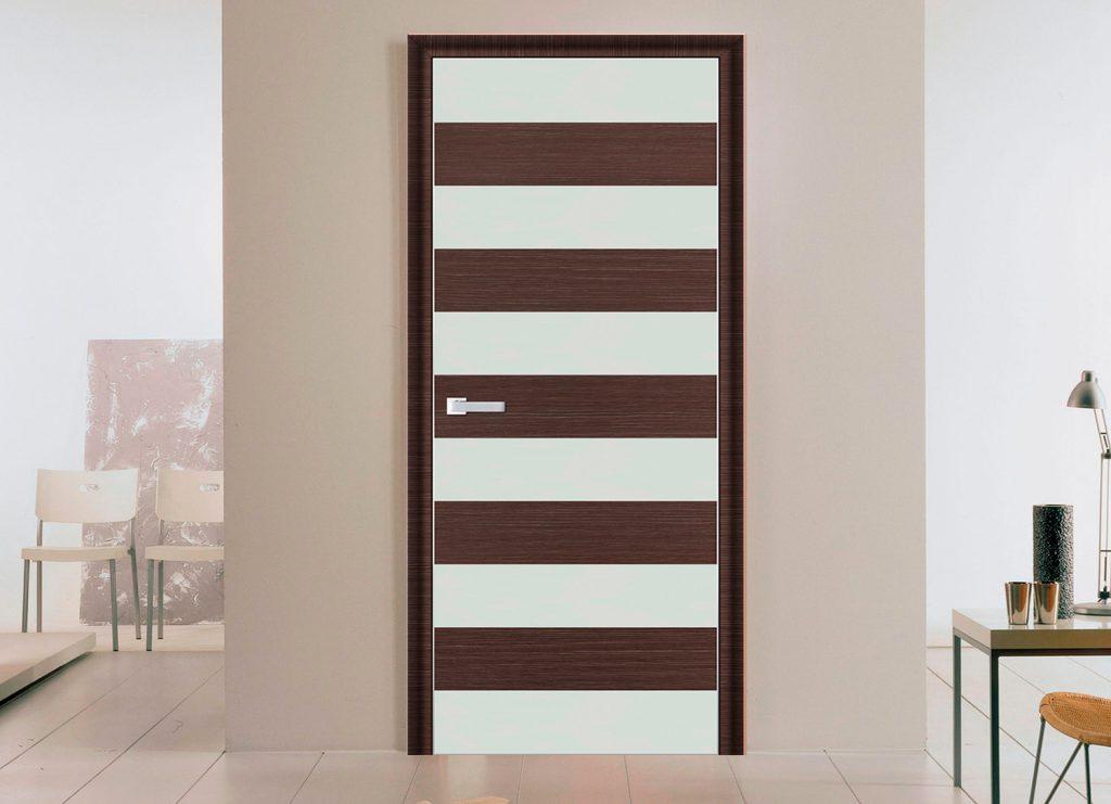 Двери венге со светлыми вставками