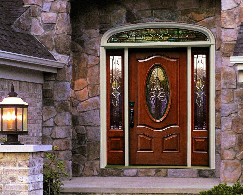 Входные двери со стеклянными вставками