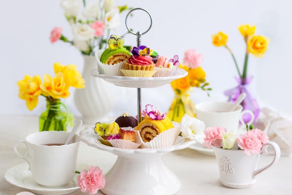 Этажерка для сладкого на чайный стол