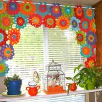 Самостоятельный пошив штор в детскую: подбор ткани и оформление комнаты