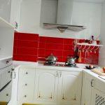 Минимализм или ущербность: плюсы и минусы крохотной кухни