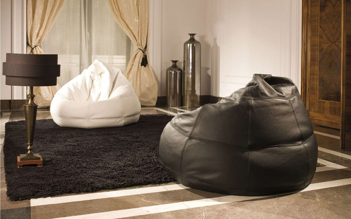 Бескаркасная мебель: кресло-мешок в дизайне интерьера
