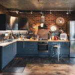 Как стильно вписать вытяжку в интерьер кухни