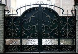Кованые ворота - примерные цены и фото различных вариантов