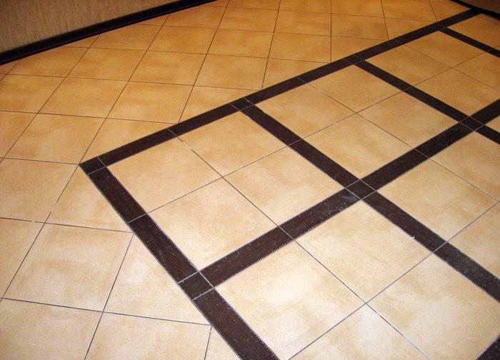 Как положить плитку на деревянный пол на кухне правильно: можно ли укладывать, инструкция, видео