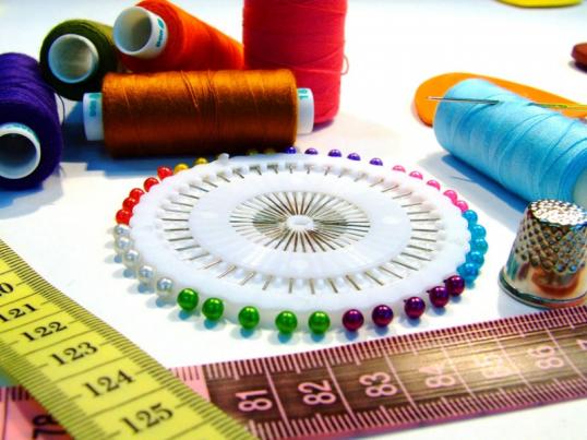 Технология пошива штор: раскрой ткани и обработка швов