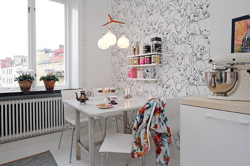 Обеденная зона в маленькой кухне: 3 схемы расположения