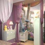 Удобный интерьер для семьи с двумя детьми