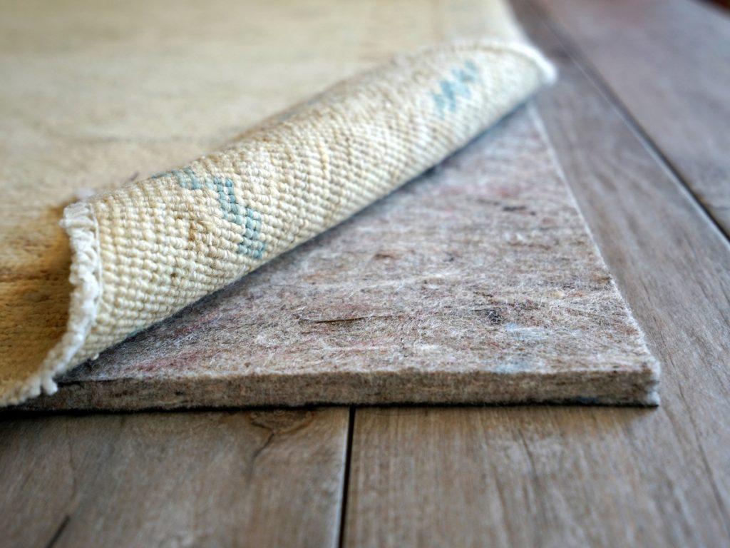 Подложка под ковер из войлока