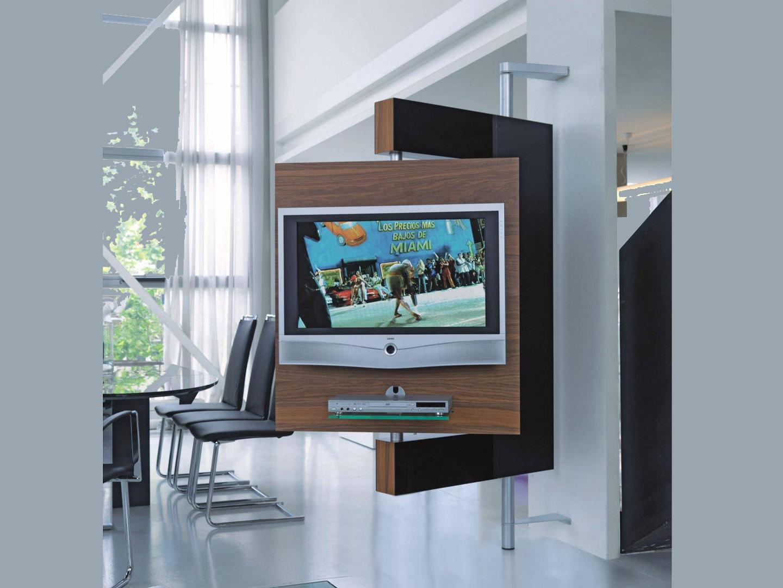 Как разместить телевизор если для него нет места?