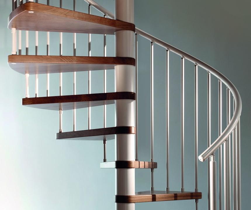Перила винтовой лестницы