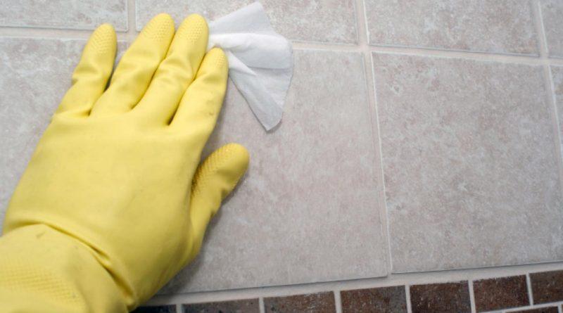 Как очистить швы между плитками: «омолодить» кафель на несколько лет