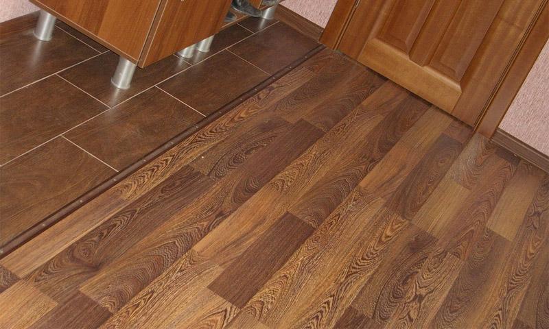 Напольные покрытия используемые для кухни и коридора