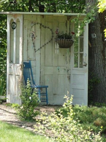 Переделки для дачи из старых и ненужных вещей (70 фото)