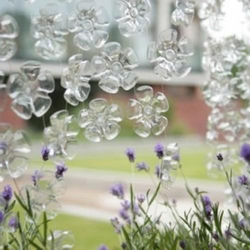 Поделки из пластиковых бутылок для дачи и сада: идеи, советы и 100 фото