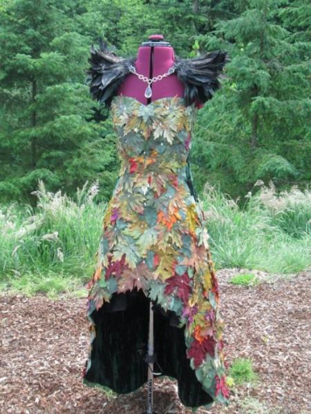 Как украсить платье своими руками кружевом и бантиками