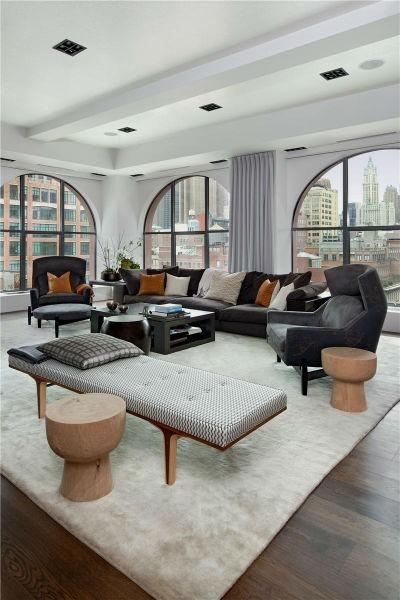 Король гостиной: Черный диван в интерьере (70 фото)