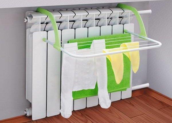 10 способов быстро высушить одежду после стирки