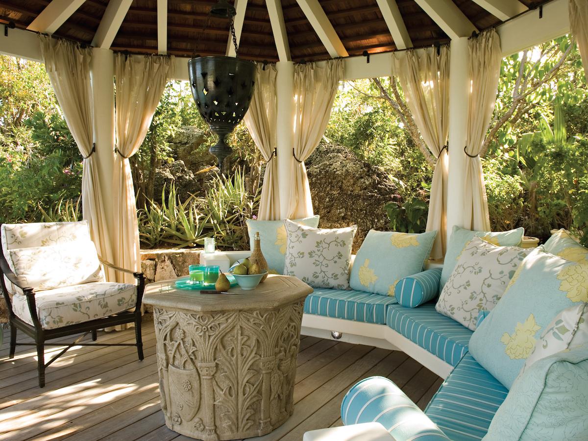 Как сделать летнюю веранду на даче стильной и красивой бесплатно?