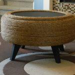 Как сделать столик из подручных материалов бесплатно?