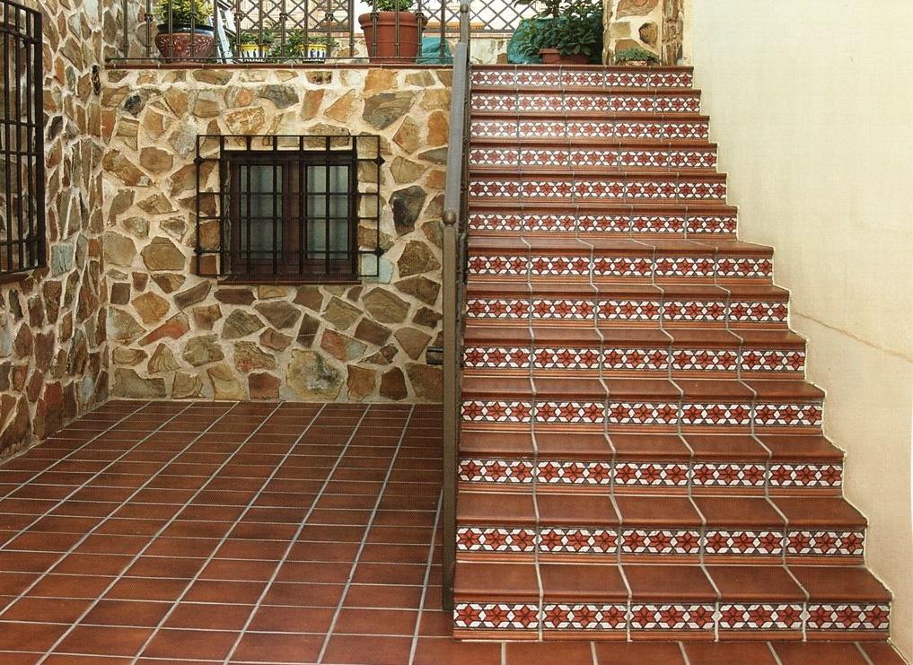 Отделка лестницы клинкерной плиткой