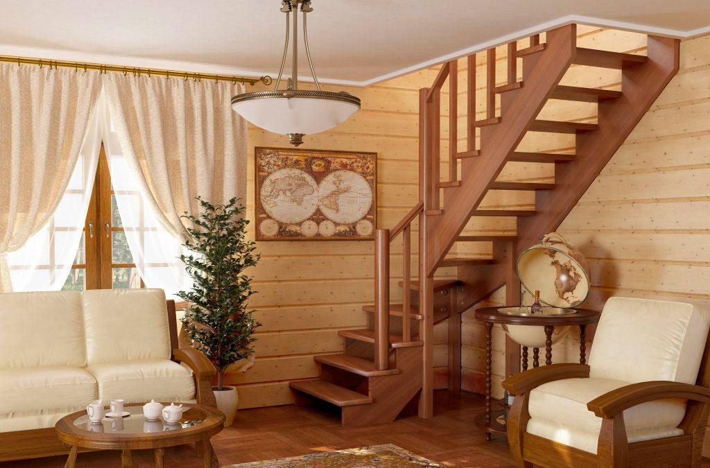 Угловая лестница на дачу