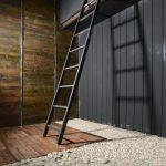 Изготовление деревянной приставной лестницы: расчет и инструкция по самостоятельной сборке