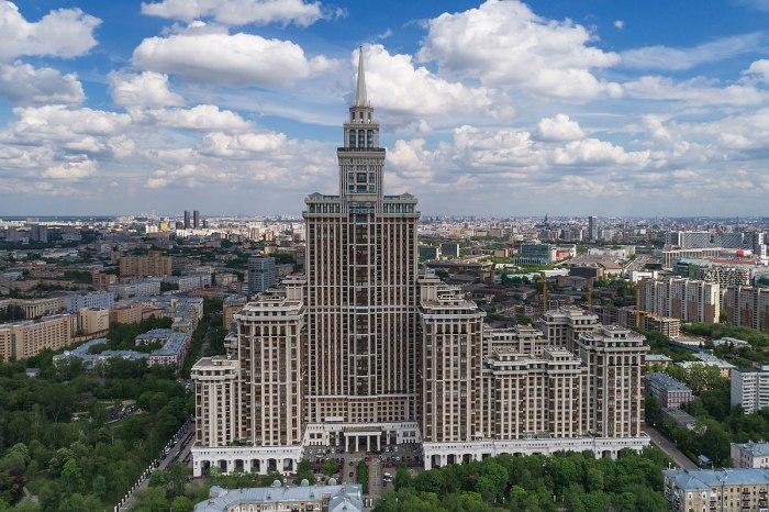 Где живет Алсу: обзор интерьера московской квартиры и дома в Крыму