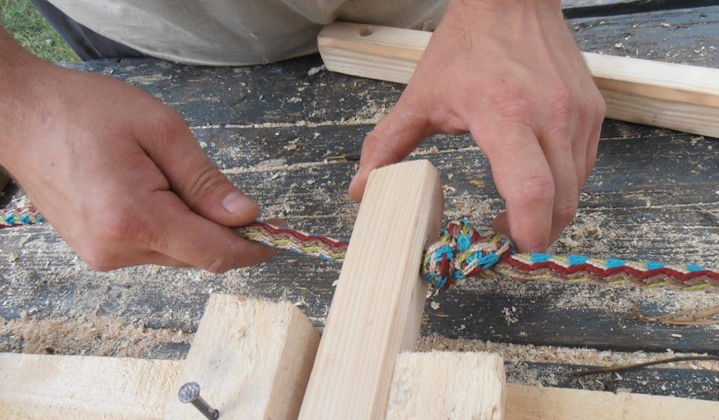 Веревочная лестница с деревянными ступенями своими руками