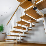 Особенности лестниц из нержавейки: виды и преимущества [необходимые комплектующие]