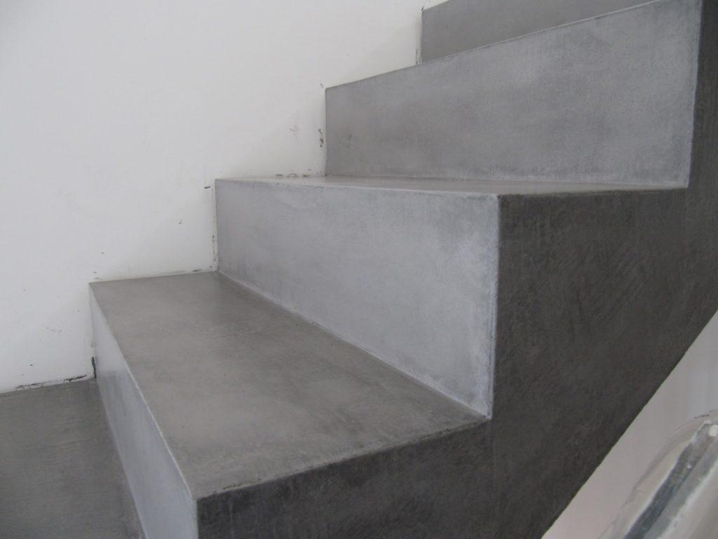 Как сделать лестницу в подвал: основные этапы изготовления на трех примерах