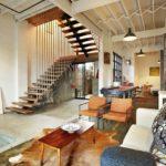 Особенности дизайна гостиной с лестницей и идеи оформления |+76 фото