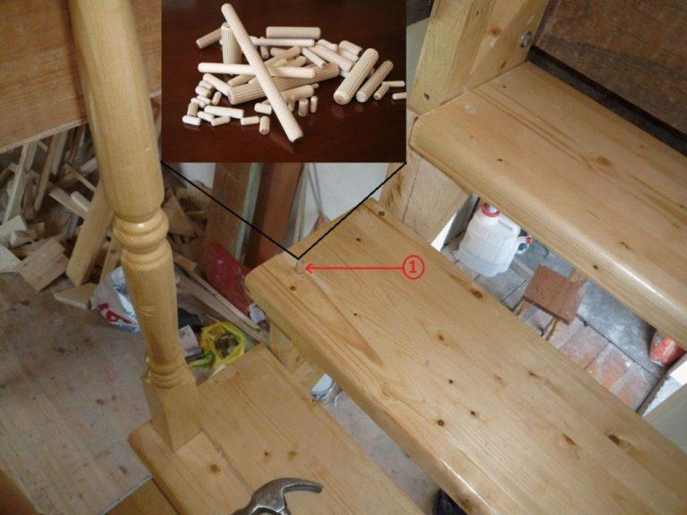 Установка балясин на лестницу