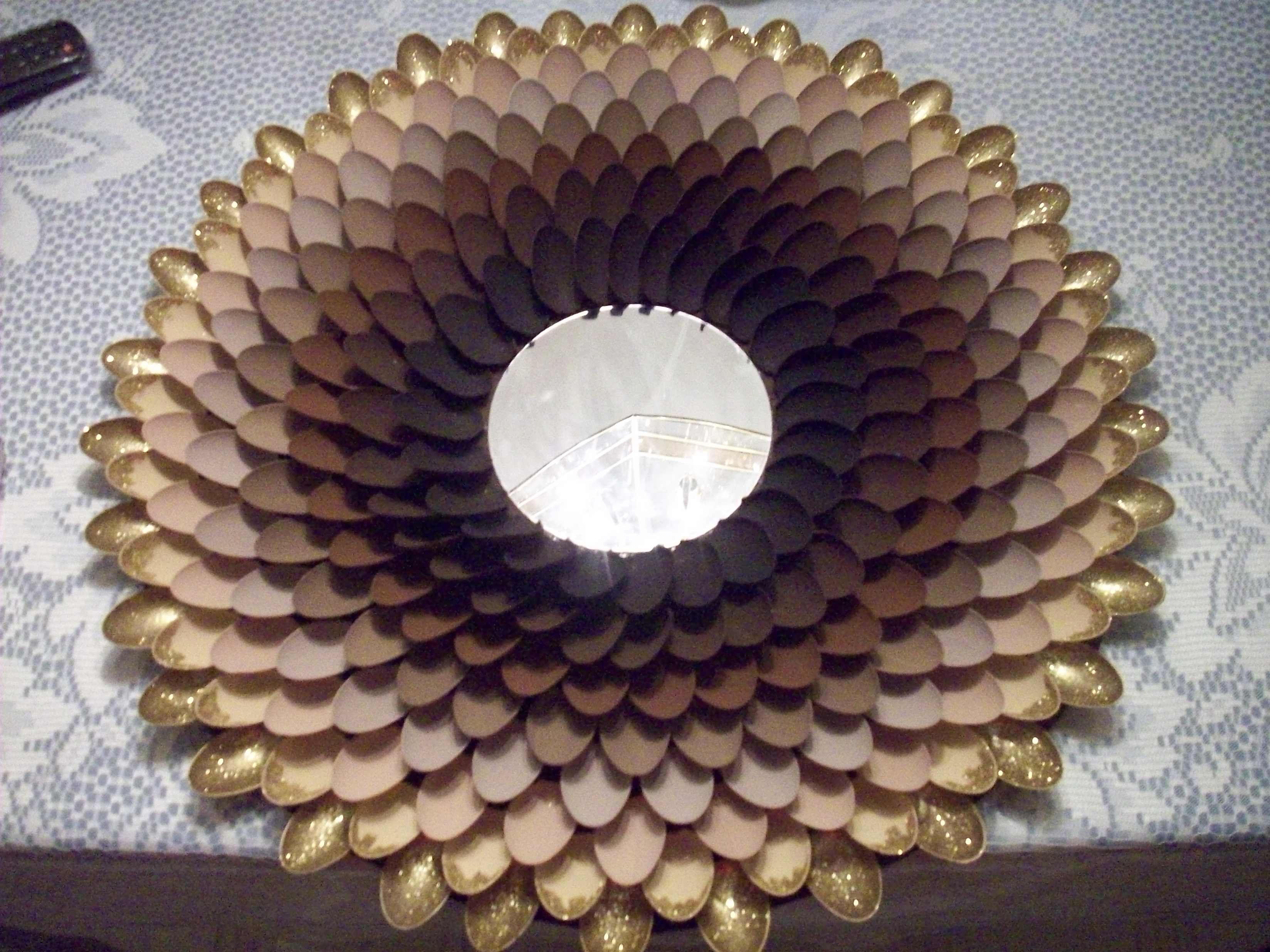 Поделки из пластиковых ложек для оформления комнаты - Интерьер