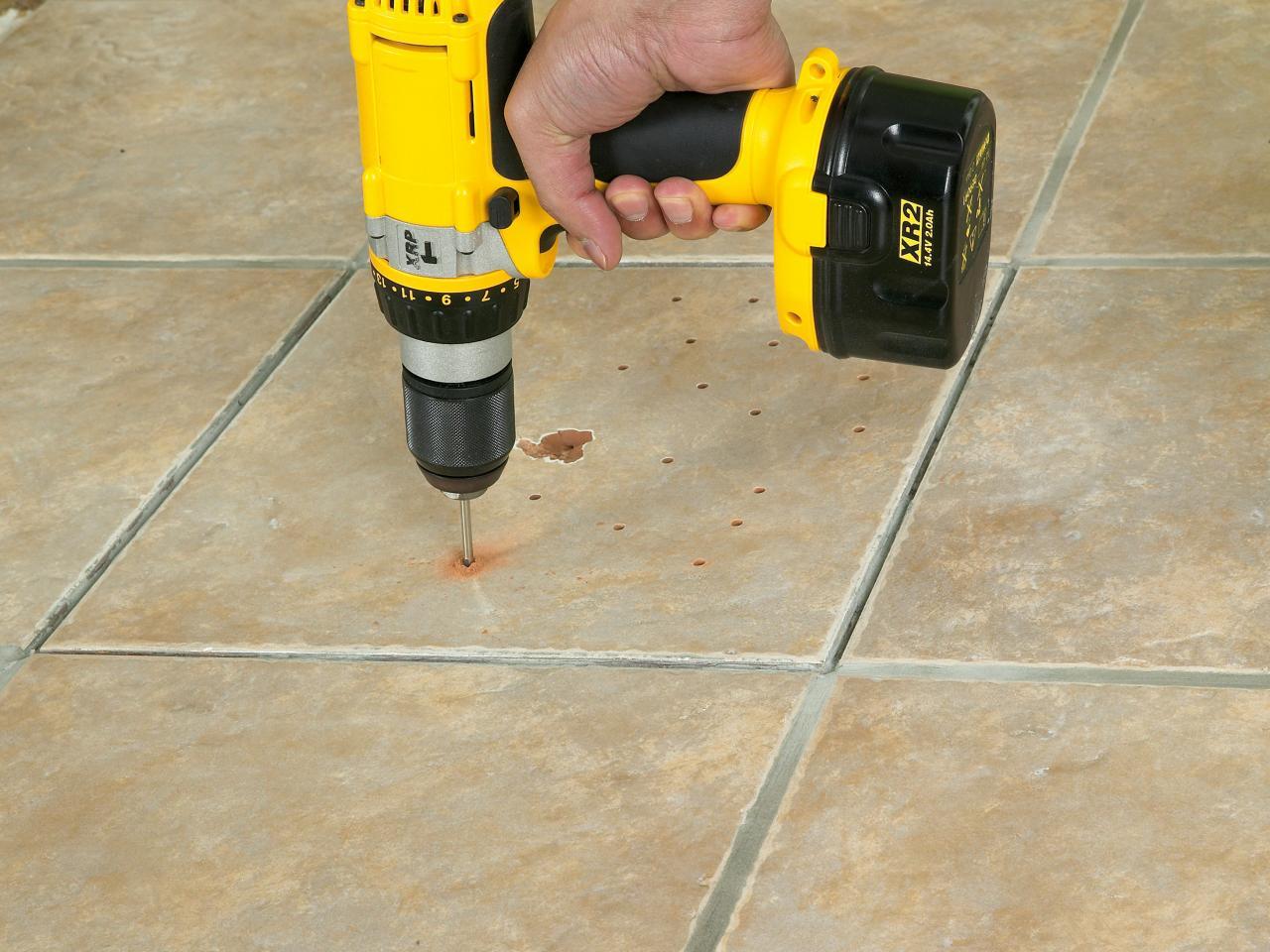 Способы сверления плитки без сколов: правила и рекомендации