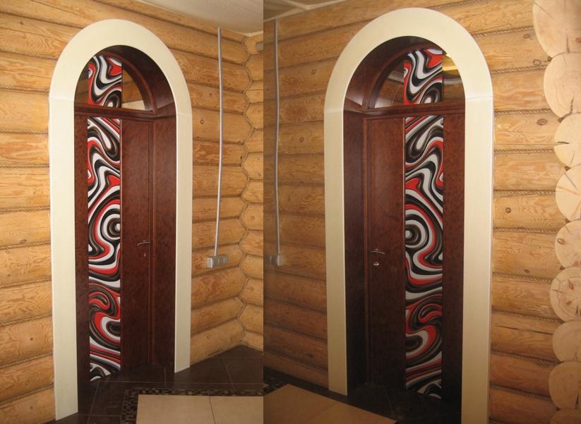 Арочные двери в деревянном доме