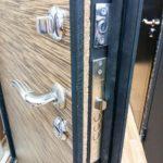 Особенности входных дверей с терморазрывом: преимущества и недостатки, популярные производители  +45 фото