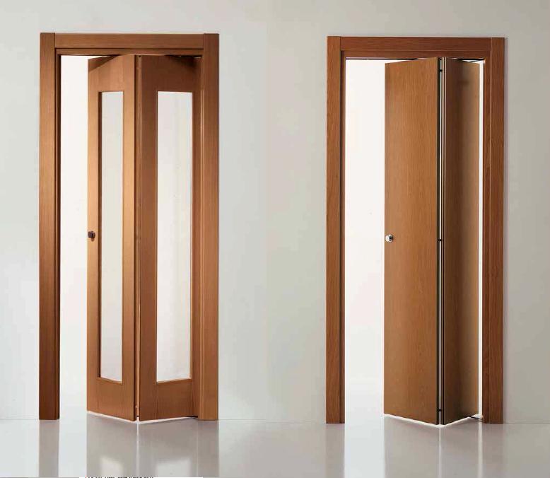 Складные межкомнатные двери из дерева