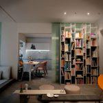 диван и стол