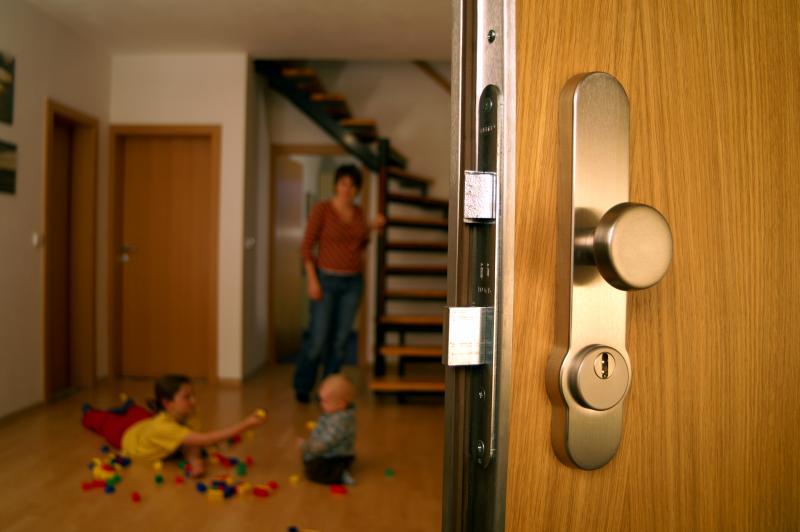 Межкомнатные двери с системой звукоизоляции: как сделать правильный выбор?